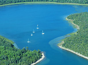 boating-at-drummond-island.jpg