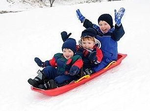 sledding-330x250-1747.jpg