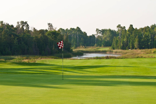 Golf-Course-northern-michigan.jpg