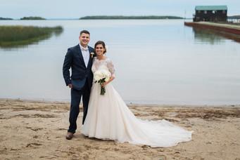 Beach wedding at Drummond Island Resort