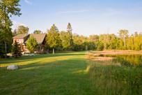 Pond-cabin-full-exterior-pond-summer.jpg