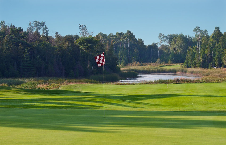 Golf-Course-the-rock-northern-michigan.j