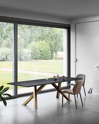 Miniforms, Gustave Plus Table
