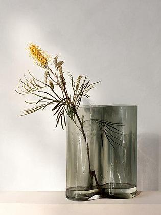 MENU, Aer Vase