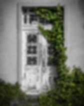 door-819266_1920.jpg