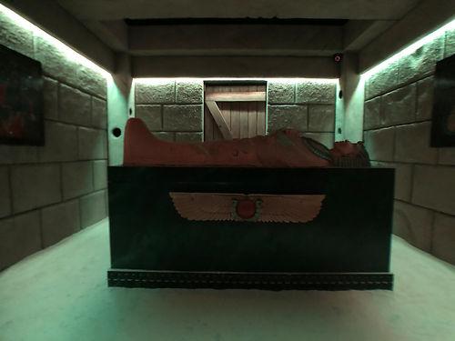 Bates Motel Escape Rooms - The Tomb.png