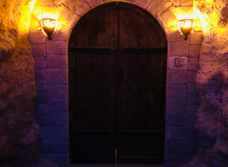 "Lock & Clue Escape Rooms - ""The Sorcerer's Curse"""
