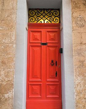 maltese-door-1582067_960_720.jpg