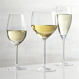 vineyard-white-wine-glasses.jpg
