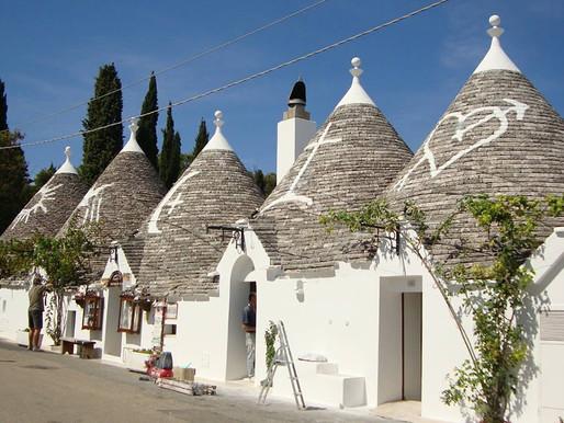 Апулия - белые вина Локоротондо и история белоснежных домиков - трулли