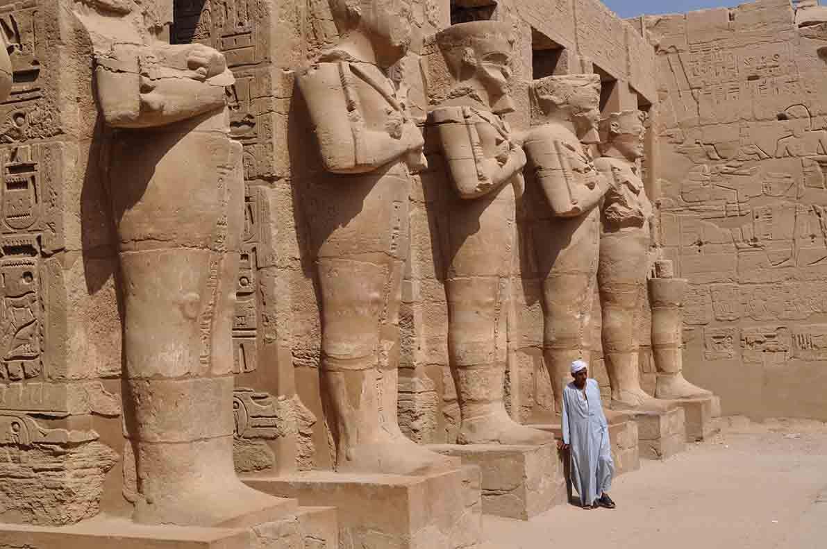 Temple, Egypte