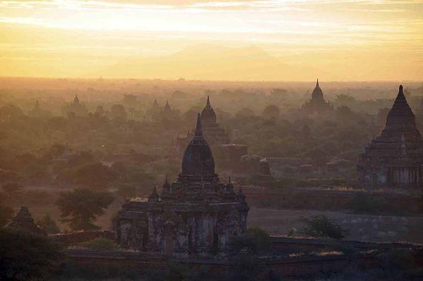 Bagan_Birmanie.jpg