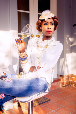Liz OgumbowInes  FASHION & WINE 1 copy.j