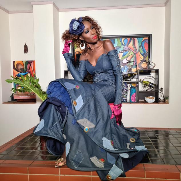 Liz Ogumbo DeniMania - Previsao 10.jpg