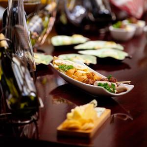 Liz Ogumbo Phoenix Rising food and wine