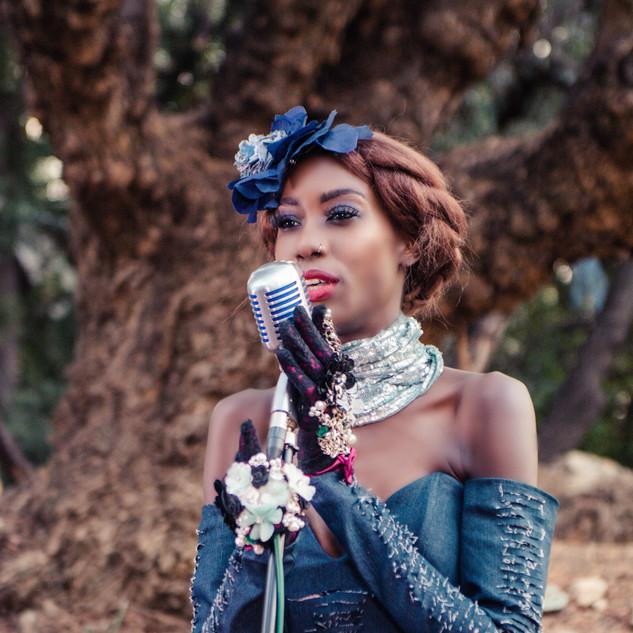 Liz Ogumbo DeniMania - Previsao 6.jpg