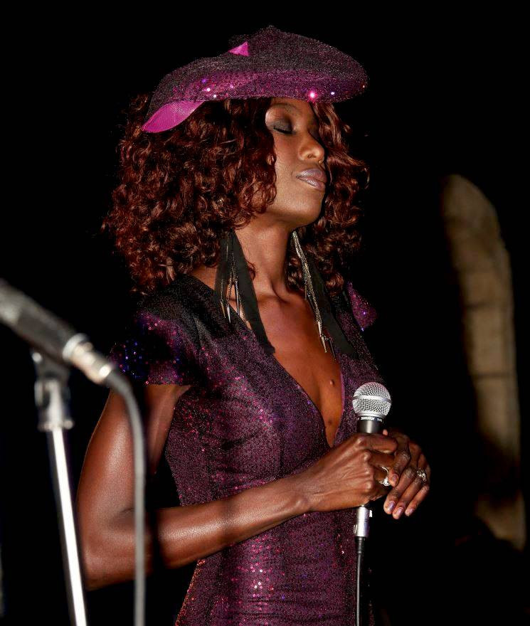 Liz Ogumbo LIVE at the Crypt Jazz - Capetwon South Africa 6.jpg