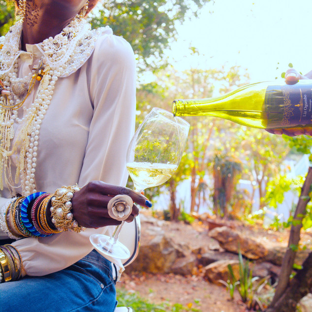 Liz Ogumbo Wines - Denimania phoenix ris