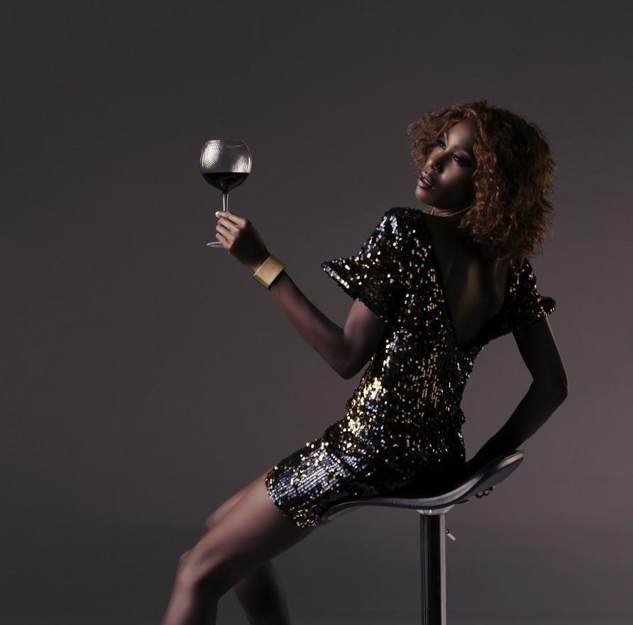 Liz Ogumbo Black and gold 1