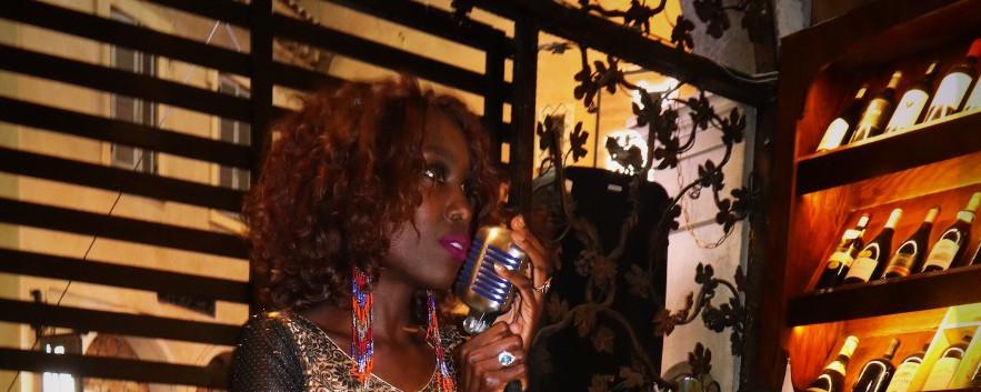 IMG_2823_edited.jpLiz Ogumbo Winetasting - Verdicchio Restaurant, Monte Casino 3