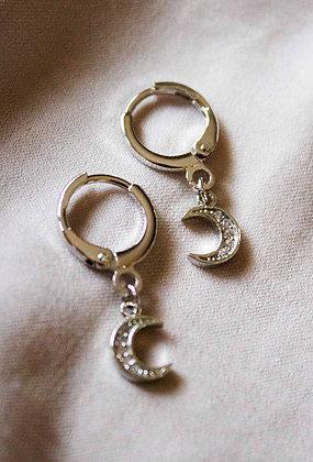Elara Huggie Earrings