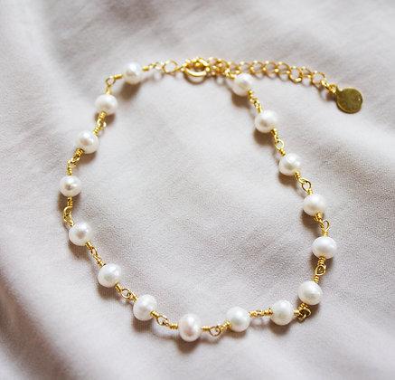 Cecily in White Bracelet