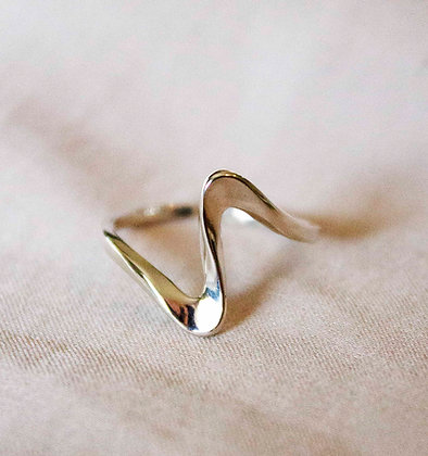 Junko Silver Ring