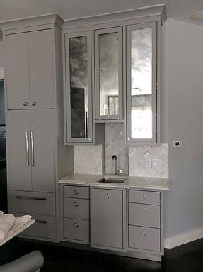 Calacutta Quartz w/ Herringbone Carrara splash
