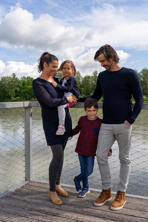 Familienportrait Brücke.jpg