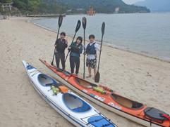 MIYAJIMASEAKAYAK(宮島シーカヤック) グループで宮島シーカヤック体験を楽しむ