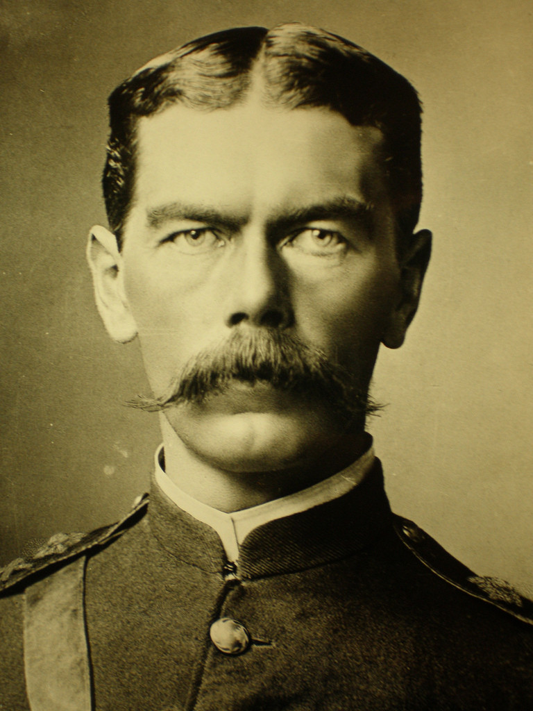 Lord Kitchener Deakin invited him to Australia to advise the ADF