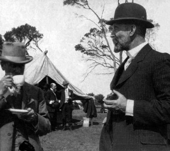 Picnic at Queenscliff- 30th March 1912