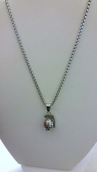 Stainless Steel Granade Pendant Necklace