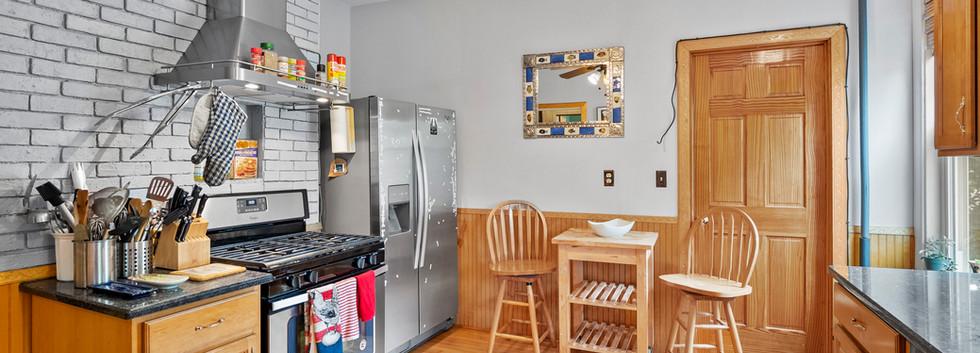 52_Chester_2_Kitchen_Photo2.jpg