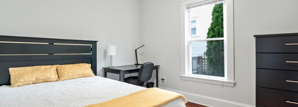 23_Washington_1_Bedroom_F_Photo1.jpg