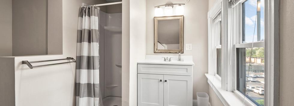 Olney_3_Bathroom3_Photo2.jpg