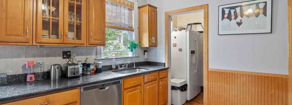 52_Chester_2_Kitchen_Photo4.jpg