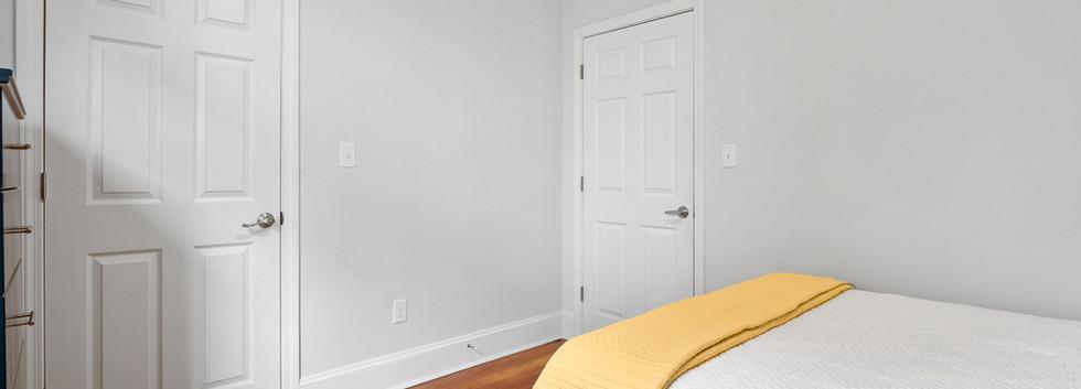 23_Washington_1_Bedroom_F_Photo2.jpg