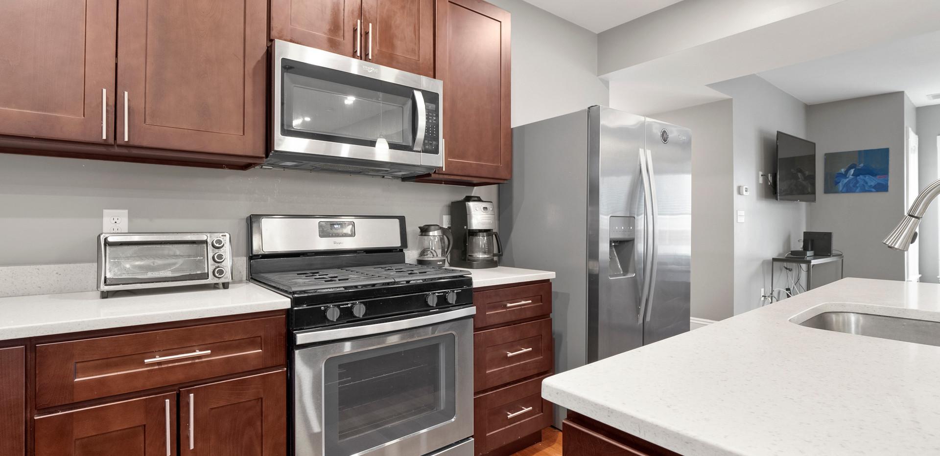 23_Washington_1_Kitchen_Photo1.jpg