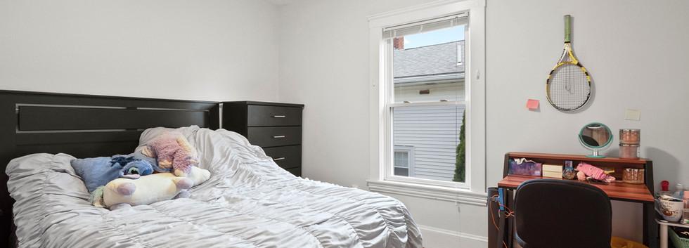 23_Washington_2_Bedroom_F_Photo1.JPG