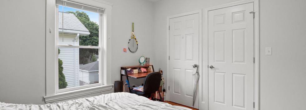 23_Washington_2_Bedroom_F_Photo2.JPG