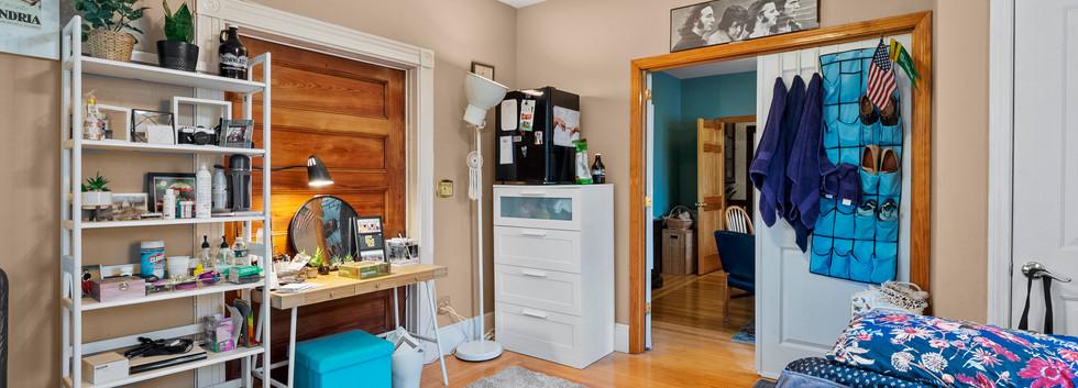 52_Chester_2_Bedroom_2-3_Photo3.jpg