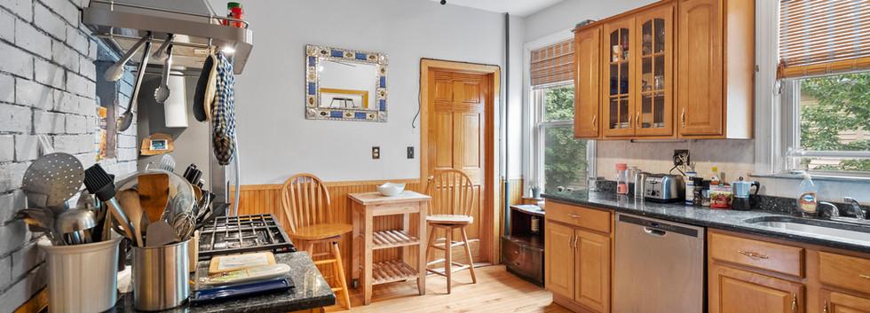 52_Chester_2_Kitchen_Photo1.jpg