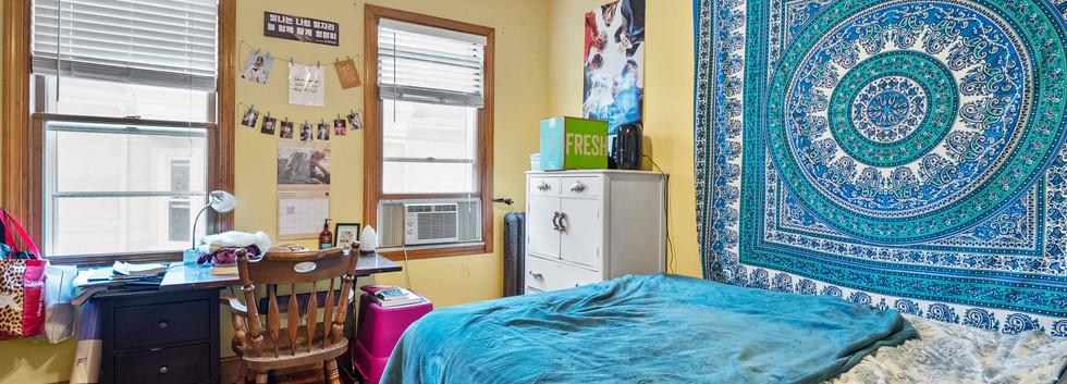 52_Chester_2_Bedroom_2-1_Photo1.jpg