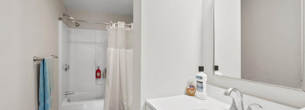Olney_1_Bathroom1.jpg