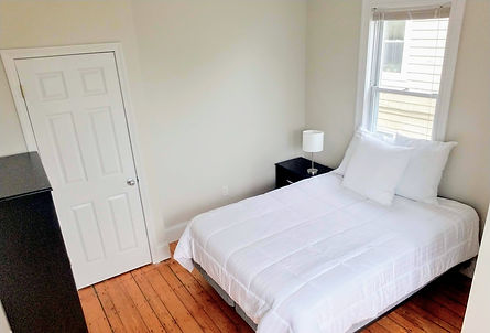 20_Governor_2A_Bedroom_2.jpg