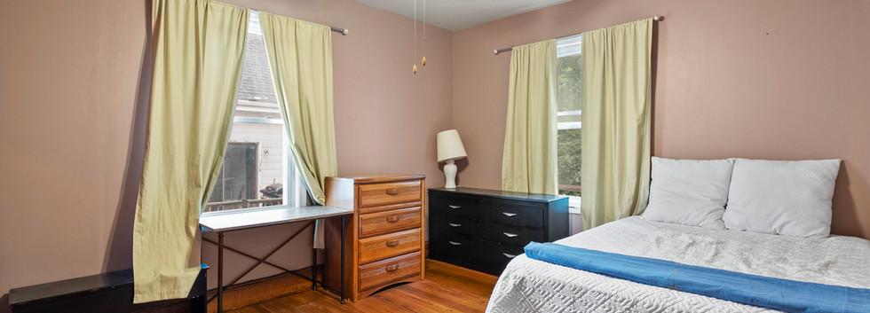 52_Chester_2_Bedroom_2-2_Photo1.jpg
