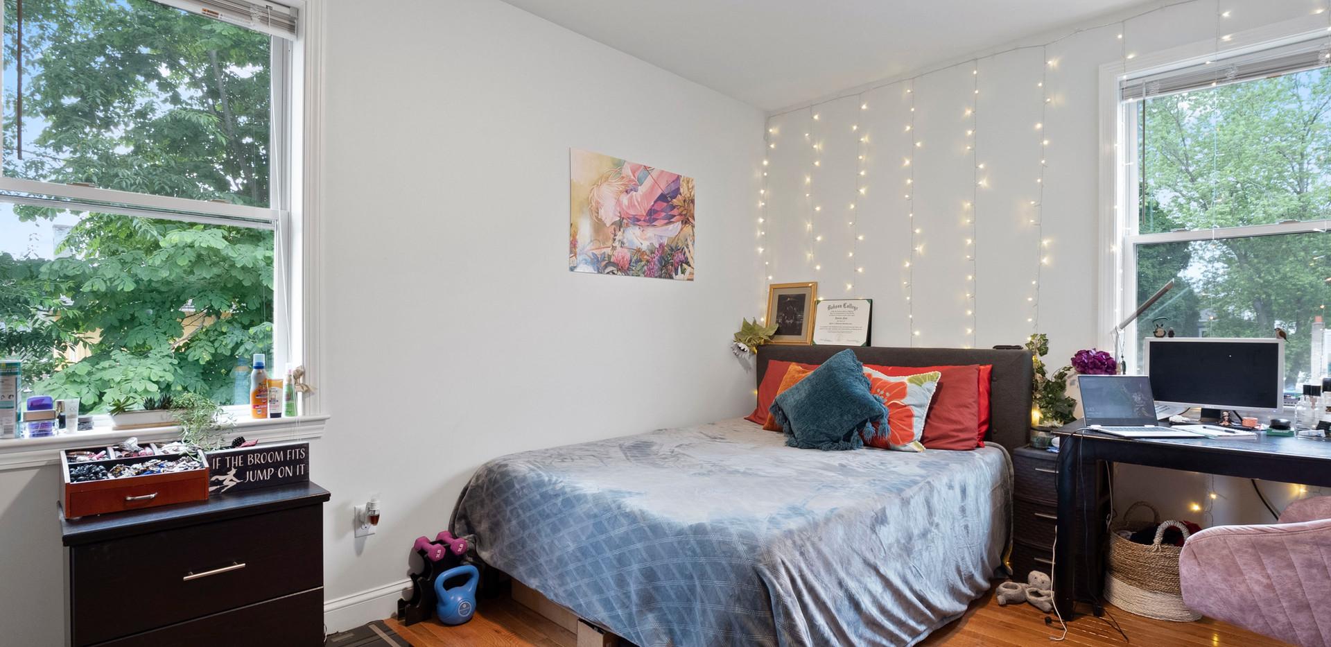 23_Washington_2_Bedroom_D_Photo1.JPG
