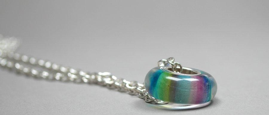 Anhänger mit farbigen Streifen   Big hole glass bead