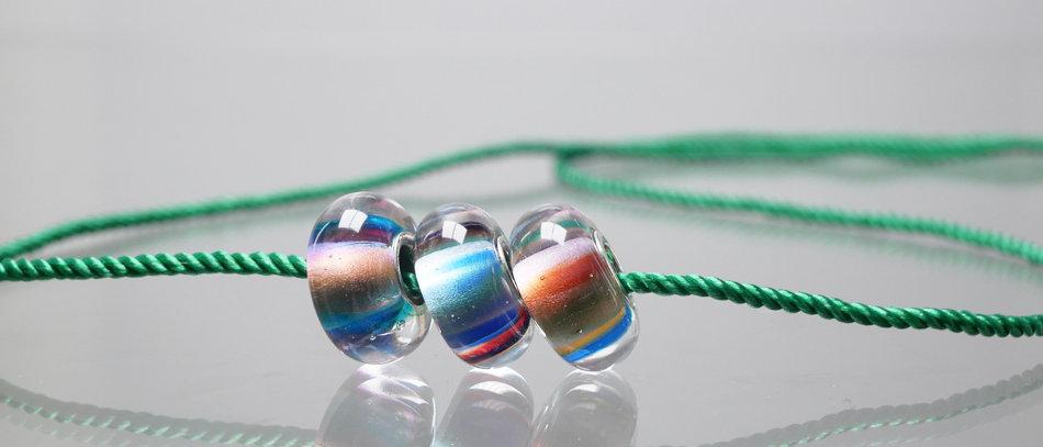 Kette mit 3 Unikatperlen |Necklace with charm beads